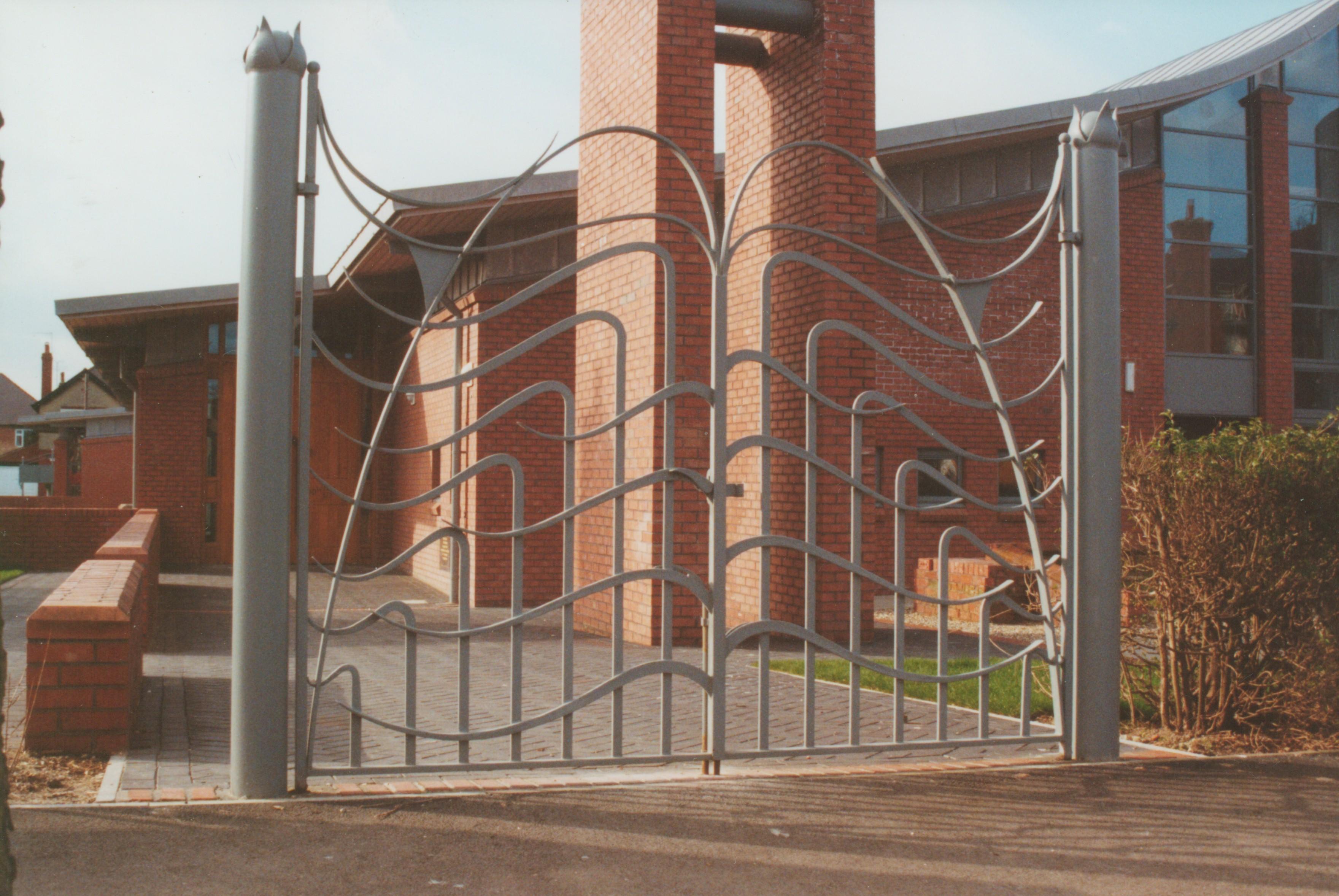 emmanuel-gate